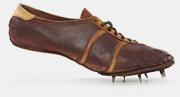 pierwsze buty adidasa